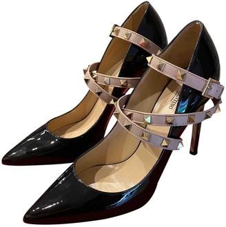 Valentino Rockstud Spike Black Patent leather Heels