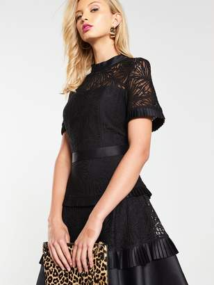 Very Tiered Lace Skater Dress - Black