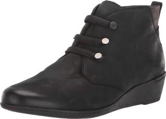 Cobb Hill Devyn Chukka Boot Black