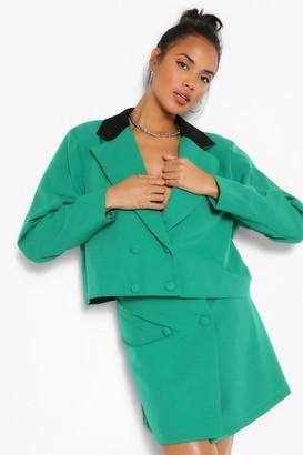 boohoo Contrast Collar Double Breasted Crop Blazer
