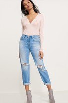Dynamite Cara High Rise Light Wash Relaxed Skinny Distressed Jeans