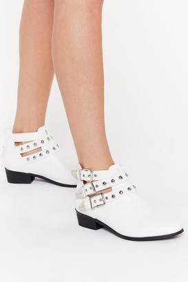 Nasty Gal Womens Dome Stud Cut Out Ankle Boot - White - 3