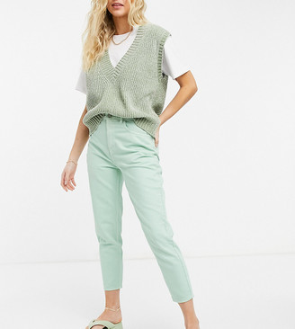 Reclaimed Vintage inspired 89' tapered jean in mint wash