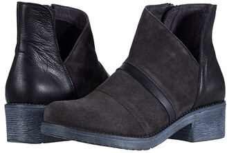 Naot Footwear Emerald (Oily Midnight Suede/Black Leather Combination) Women's Shoes