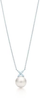 Tiffany & Co. Victoria pendant in platinum with a South Sea pearl and diamonds