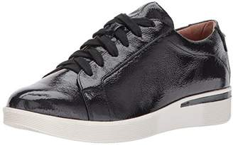 Gentle Souls by Kenneth Cole Women's HADDIE LOW PROFILE FASHION SNEAKER Shoe
