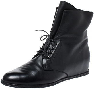 Stuart Weitzman Black Leather McKenzee Ankle Boots Size 38.5