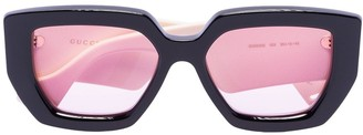 Gucci oversized arms sunglasses