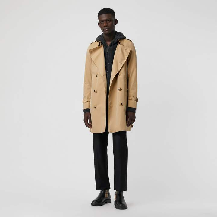 Burberry The Chelsea Heritage Trench Coat , Size: 54, Beige