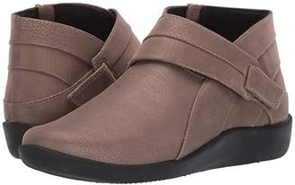 Clarks Sillian Rani (Pewter Metallic Synthetic) Women's Boots