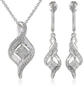 Amazon Collection Sterling Silver Diamond Twist Shape Pendant and Earrings Box Set (1/6 Cttw, ), 18""