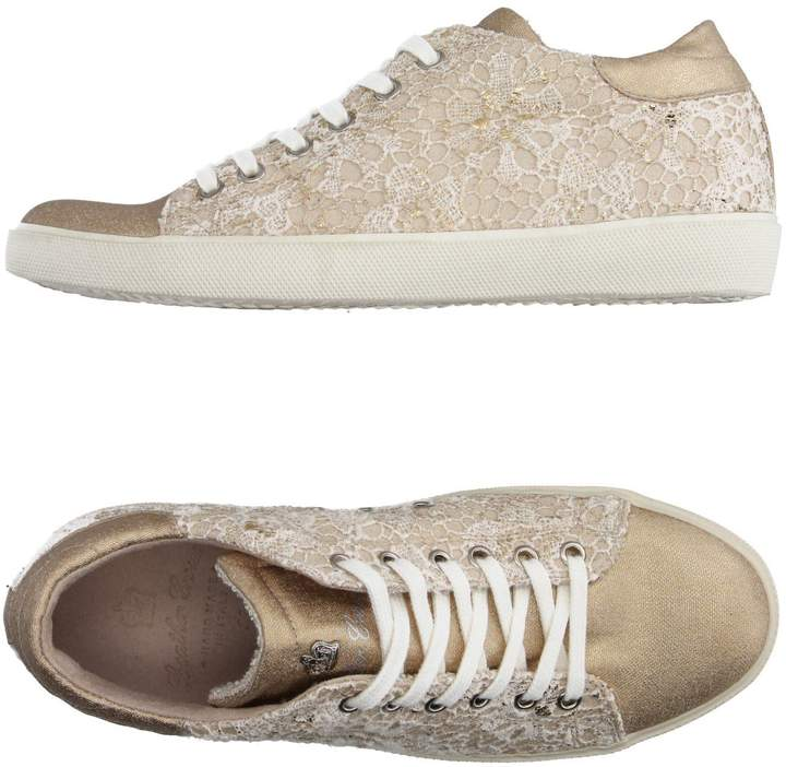 Leather Crown Low-tops & sneakers - Item 11139196XV