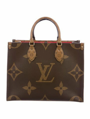 Louis Vuitton 2020 Reverse Monogram Giant OnTheGo MM w/ Tags Brown