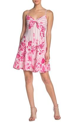 Gabby Skye Sleeveless Tie Front Floral Dress