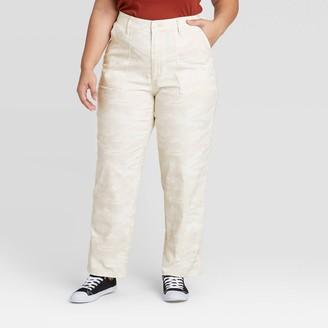 Universal Thread Women's Plus Size Camo Print Mid-Rise Straight Leg Pants - Universal ThreadTM Cream