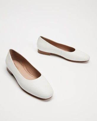 Atmos & Here Atmos&Here - Women's White Ballet Flats - Deborah Soft Leather Flats - Size 5 at The Iconic