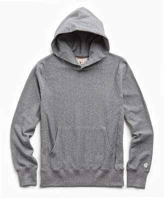 Todd Snyder + Champion Lightweight Popover Hoodie Sweatshirt in Salt and Pepper