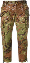 DSQUARED2 sequined camouflage cropped trousers - women - Polyamide/Polyester/plastic - 36