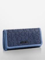 Calvin Klein Sadie Trifold Mega Continental Wallet