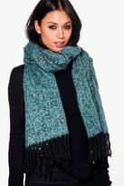 Boohoo Elsa Boucle Supersoft Blanket Scarf