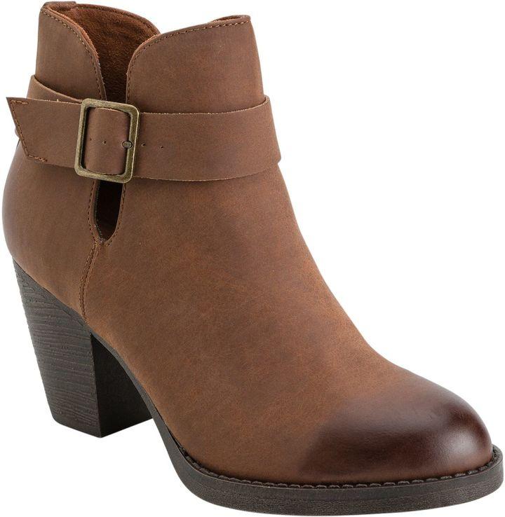 BC Footwear Cuddle Bootie