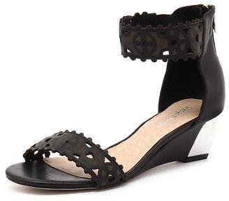 Django & Juliette New Revoke Black Womens Shoes Dress Sandals Heeled