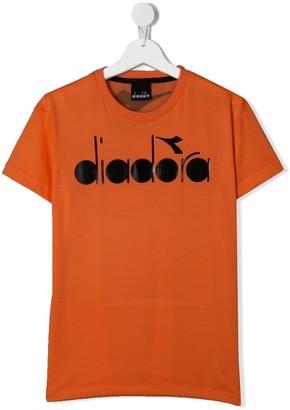 Diadora Junior TEEN logo-print crew neck T-shirt