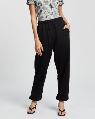 Missguided Women's Black Sweatpants - 90s Oversized Joggers - Size 4 at The Iconic