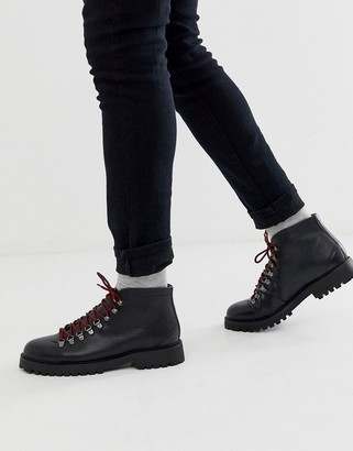 Walk London sean low hiker boots in black leather