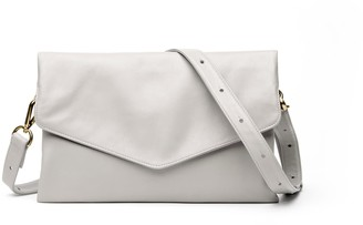 Holly & Tanager Explorer Leather Crossbody Clutch In Cream