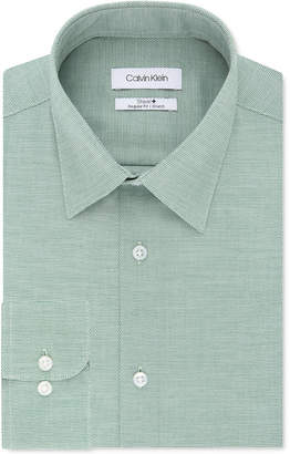 Calvin Klein Men Steel Classic/Regular Non-Iron Stretch Performance Dress Shirt