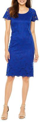 Ronni Nicole Petite Short Sleeve Floral Sheath Dress