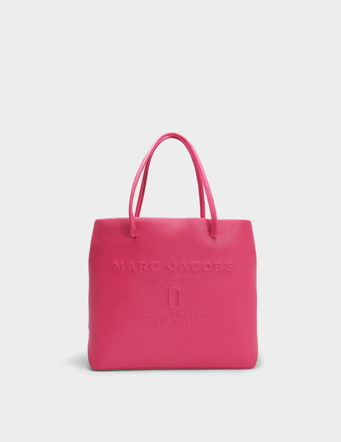 Marc Jacobs EW Logo Shopper Bag in Hydrangea Split Cow Leather