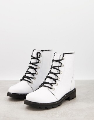 Sorel Lennox Lace flat ankle boot in white