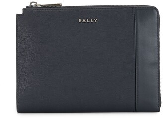Bally Zip-Up Leather Clutch Bag
