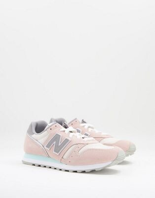 New Balance 373 trainers in pink