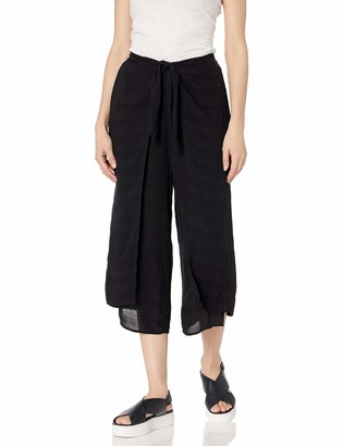 BCBGeneration Women's Knot Front Overlay Cropped Pant