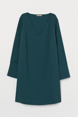 H&M H&M+ V-neck Dress - Green