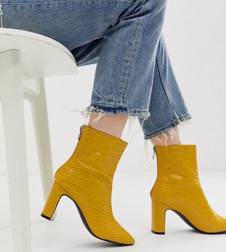 Z Code Z Z_Code_Z Exclusive Sanaa vegan heeled ankle boots in yellow croc