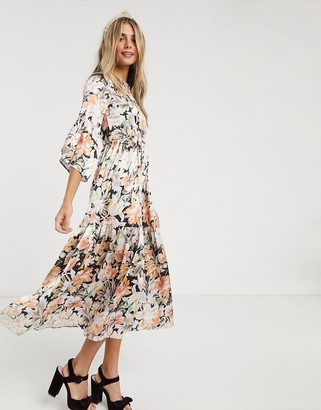 Hope & Ivy ditsy maxi dress with kimono ruffle sleeve
