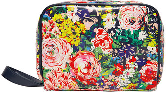 ban.do ban. do - Getaway Toiletry Bag - Flower Shop