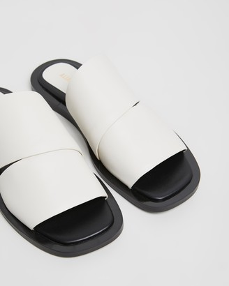 Mae Ace Leather Slides