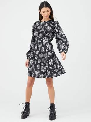 Very Printed Skater Dress - Black Floral