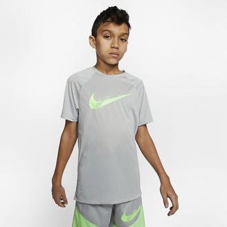 Nike Big Kids (Boys) Short-Sleeve Graphic Training Top