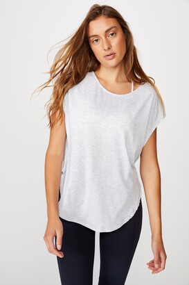 Body Active Scoop Hem Tee