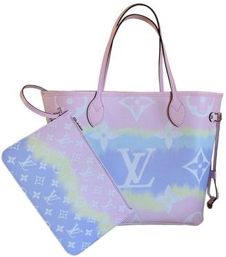 Louis Vuitton Neverfull Pink Cloth Handbags