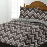 Bed Bath & Beyond Zig-Zag Quilt Set