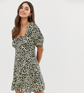Asos Tall DESIGN Tall sweetheart mini dress in leopard print