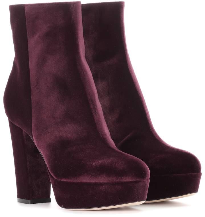 Gianvito Rossi Exclusive to mytheresa.com Temple velvet platform boots