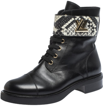 Louis Vuitton Black/White Leather And Python Wonderland Ranger Ankle Boots Size 37